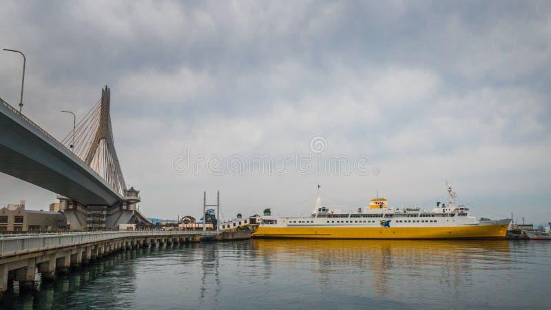 Statek przy portem w Japonia obraz stock