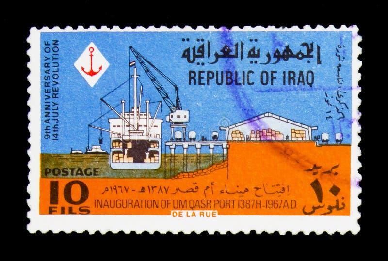 Statek quay, żuraw, magazyn, 9th rocznica rewoluci seria około 1967, obraz stock
