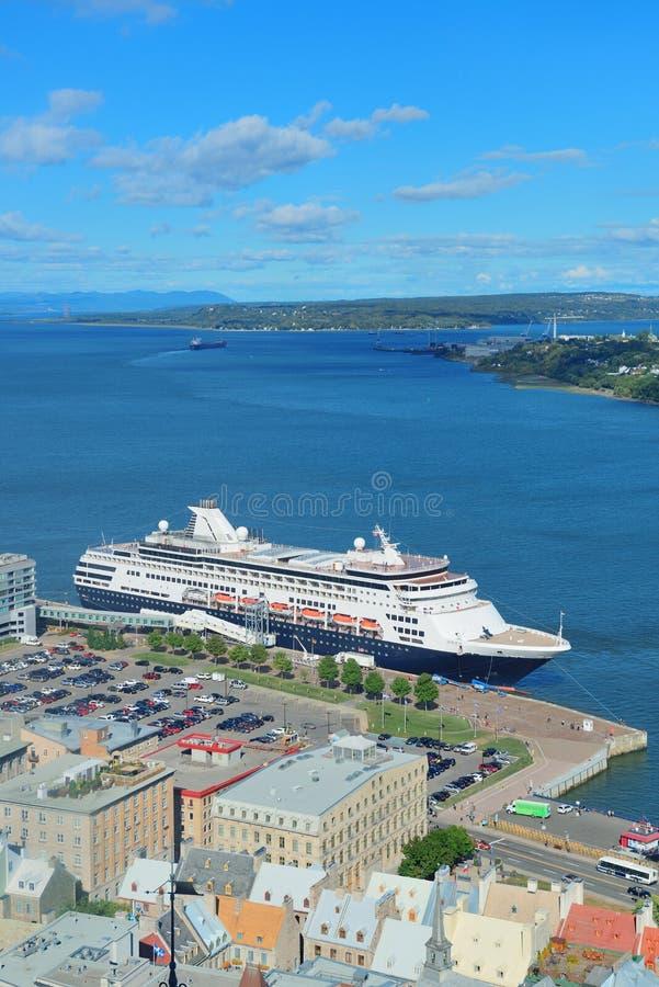 Statek wycieczkowy w Quebec mieście obrazy stock