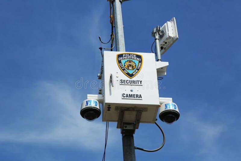 Κάμερα ασφαλείας NYPD που τοποθετούνται στη διατομή Staten στο νησί, Νέα Υόρκη στοκ εικόνες