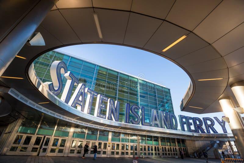 Staten Island promu budynek zdjęcie stock