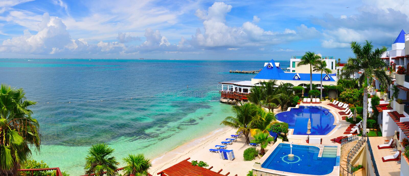 Station balnéaire des Caraïbes, Mexique images stock