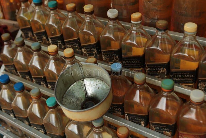 Station d'essence au Cambodge photographie stock
