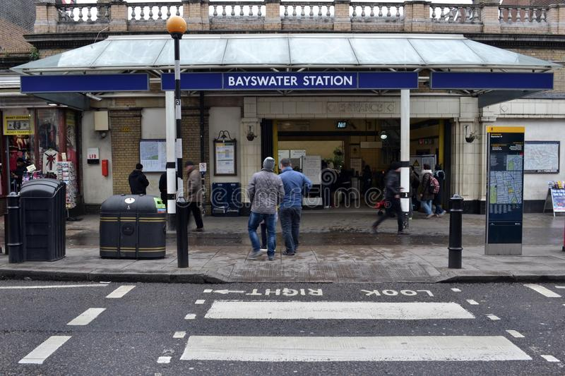 Station de Bayswater au fond photos libres de droits