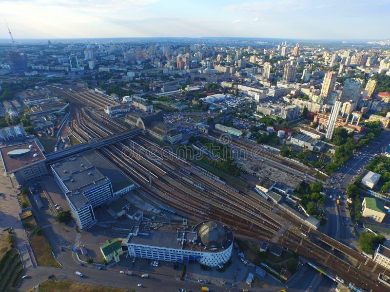 Station de central de Kyiv Coucher du soleil au-dessus de la ville photographie stock libre de droits