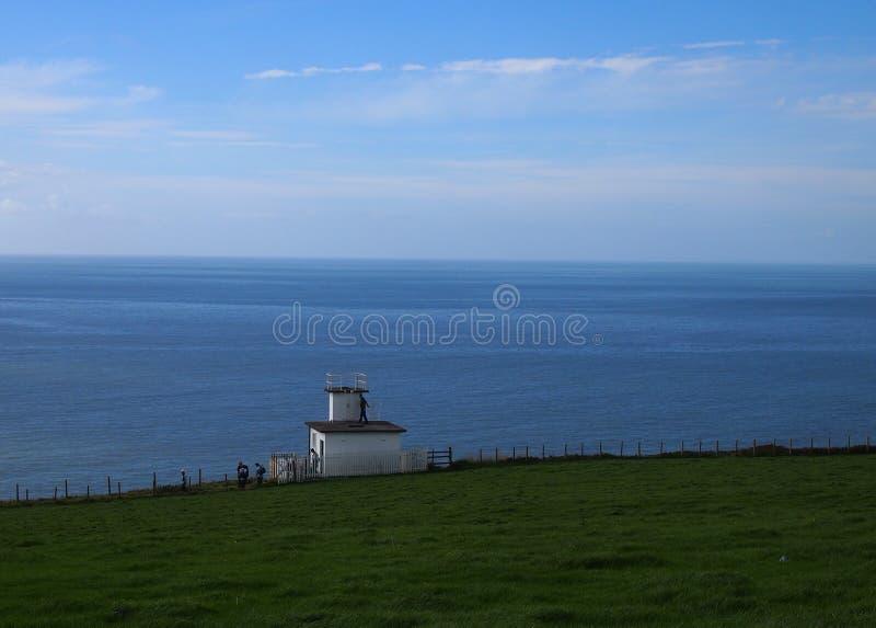 Download Station De Corne De Brume Aux Abeilles De St, Cumbria, Grande-Bretagne Image stock - Image du britain, guide: 77154355