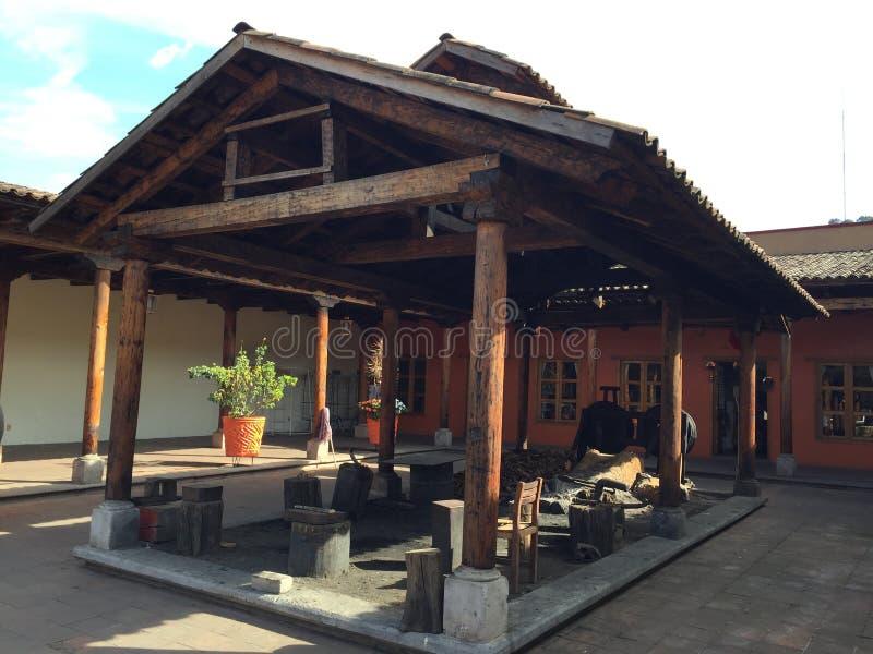 Station de cuivre antique de travail manuel photos stock