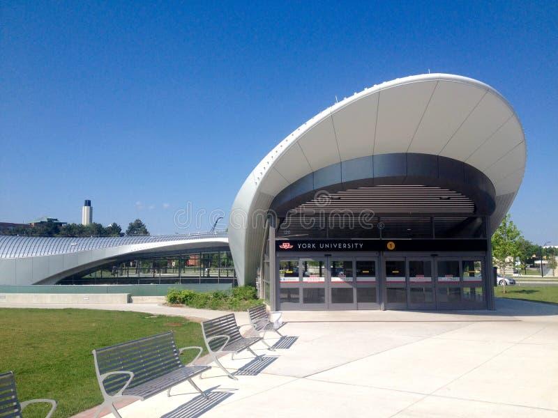 Station de métro d'université de York à Toronto images stock