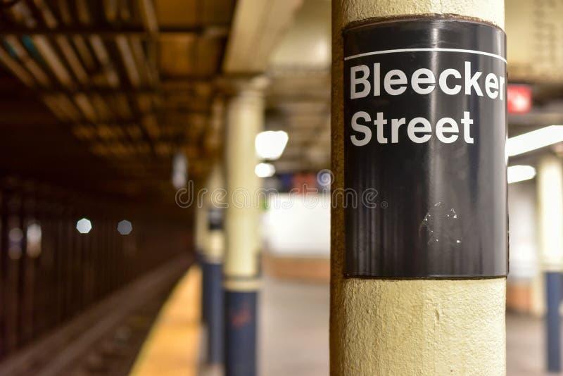 Station de métro de rue de Bleecker - New York City images libres de droits