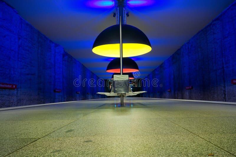 Station de métro de Westfriedhof à Munich photo stock