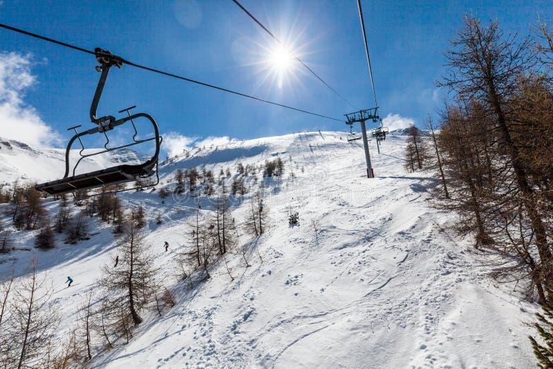 Station de sports d'hiver Les Orres, Hautes-Alpes, France photos libres de droits