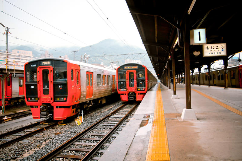 Station de train de Mojiko dans Kitakyushu, Japon photo stock