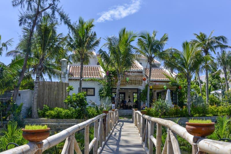 Station de vacances tropicale à la rivière du ² n de Thu BÃ en Hoi An, Vietnam photo stock