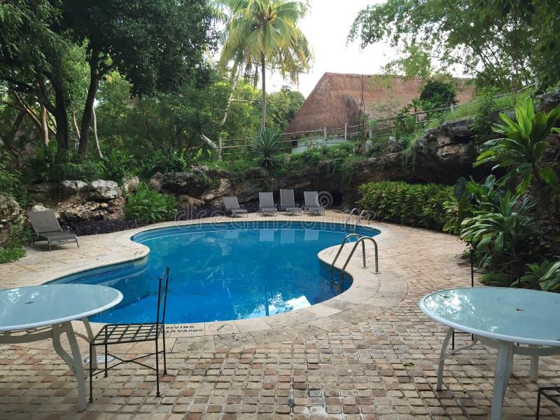 Station de vacances tropicale mexicaine de Cancun dans les jungles à côté de Chichenitza photos stock