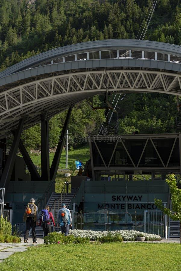 Station du téléphérique Skyway Monte Bianco images libres de droits