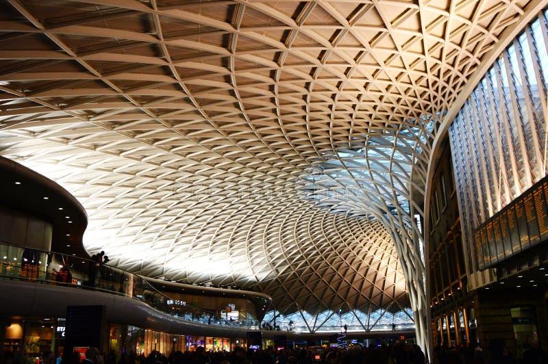 Station för drev för kors för konung` s, London arkivfoton