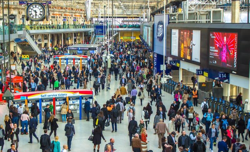 Station Londons Waterloo, London England, am 11. Mai 2017 stockbilder