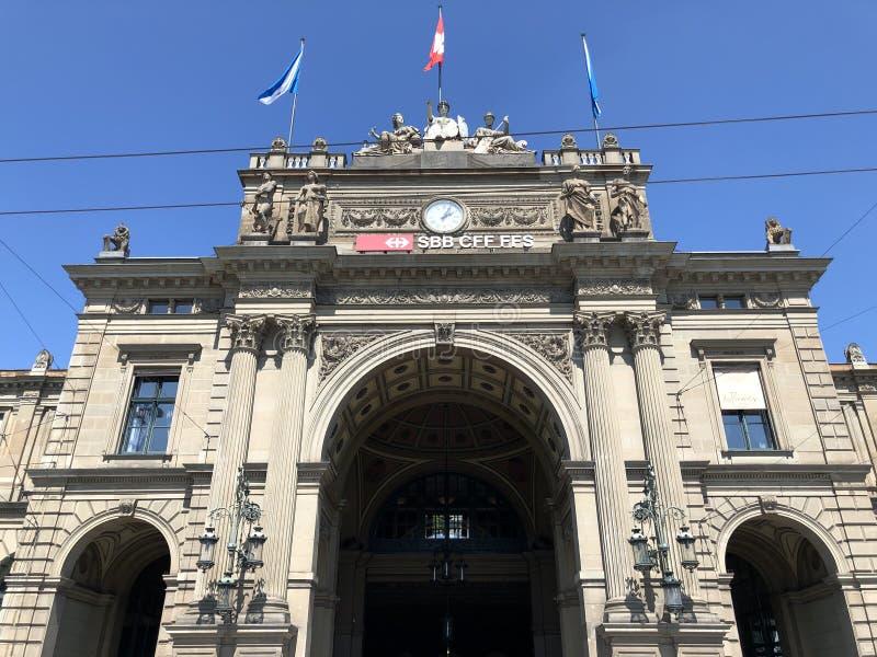 Station principale de Zurich - la plus grande station de la Suisse photos stock