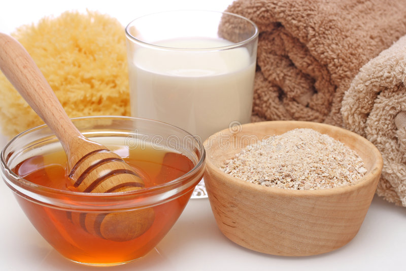 Station thermale de farine d'avoine, de lait et de miel photo stock