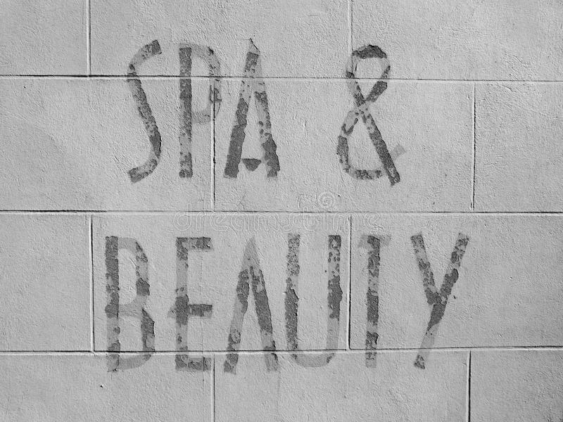 Station thermale et signage de beauté image stock