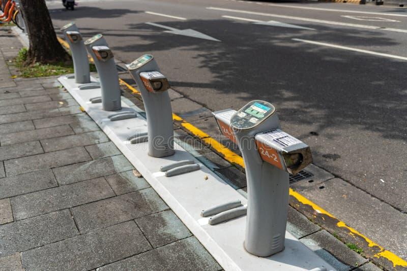 Station Ubike YouBike Ubike ist ein populäres Netz des Mietfahrrades in Taipeh stockfoto