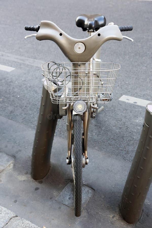 Stationnement de bicyclette photos stock
