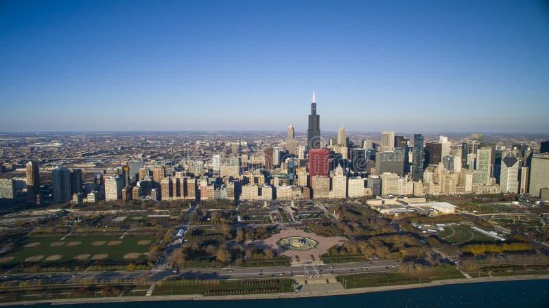 Stationnement de Grant d'horizon de Chicago images stock