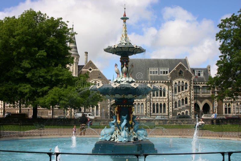 stationnement de hagley de fontaine de christchurch photos libres de droits