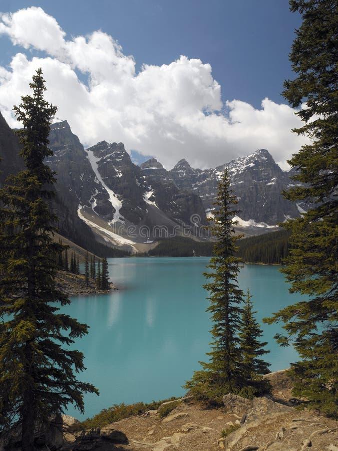 Stationnement national de Banff - lac moraine - le Canada image libre de droits