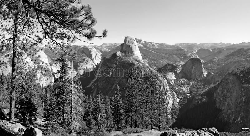 Stationnement national noir et blanc de Yosemite, la Californie images libres de droits