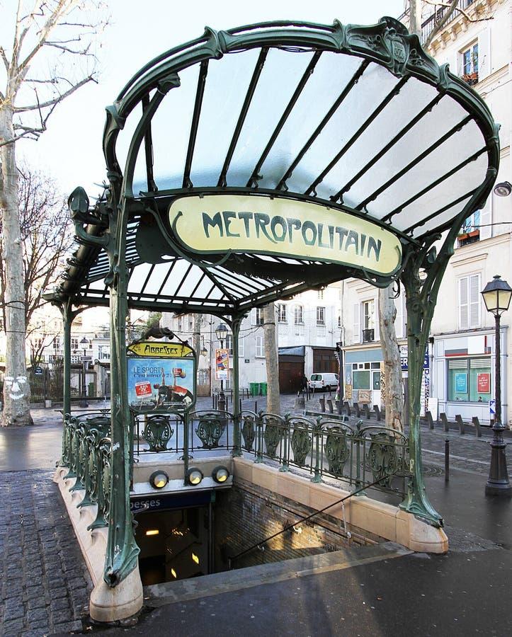 Stations-Äbtissinnen - setzen Sie DES-Äbtissinnen - Paris 18e stockfotografie