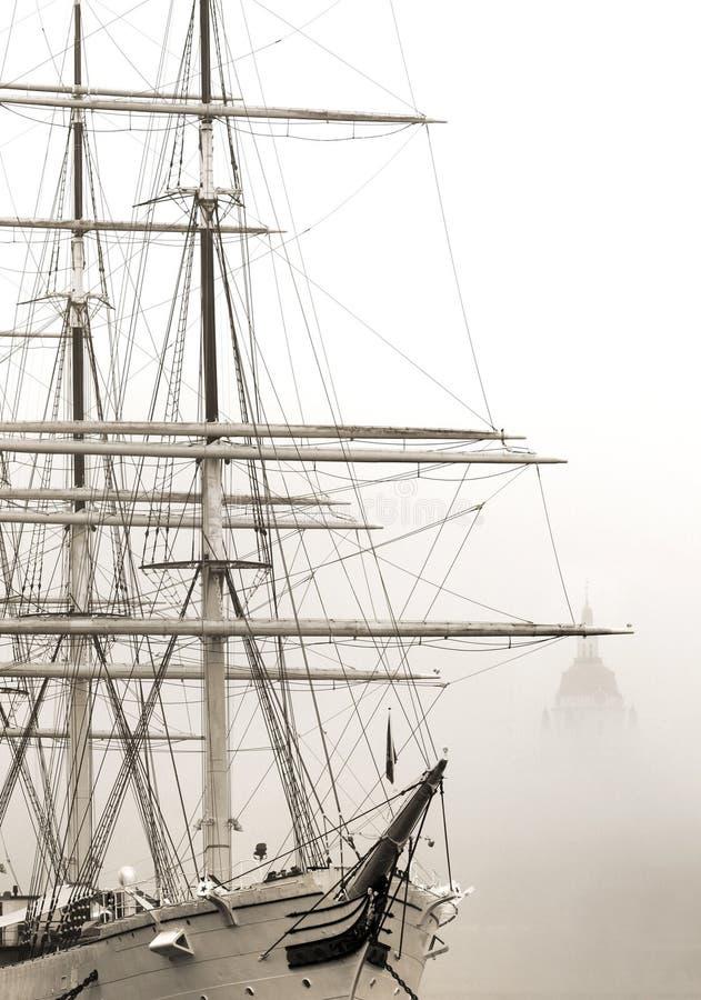 Download Statku af Chapman obraz stock. Obraz złożonej z mgła - 57659705