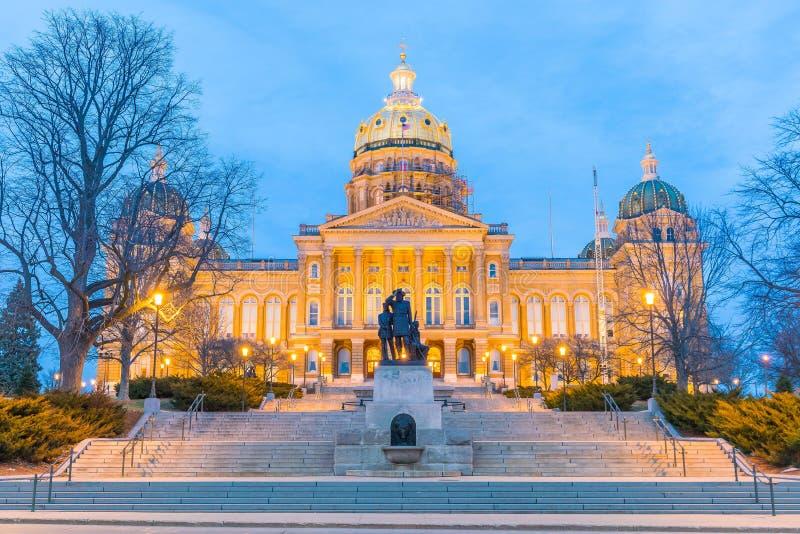 Statlig Kapitolium i Des Moines, Iowa fotografering för bildbyråer