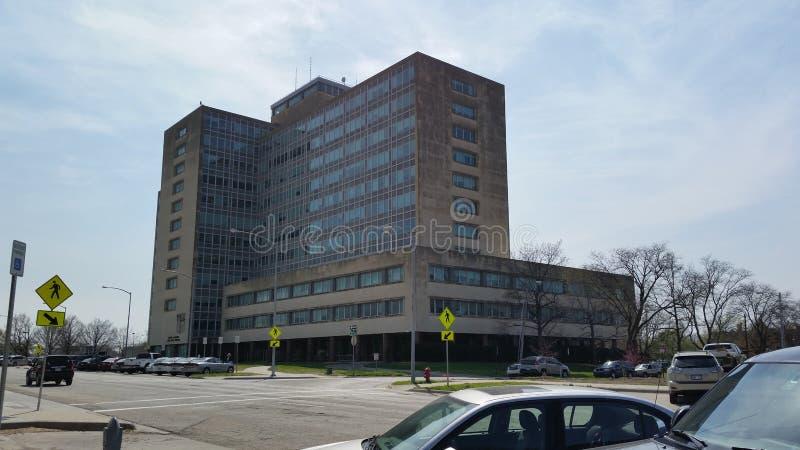 Statlig kontorsbyggnad, Topeka, KS royaltyfri foto