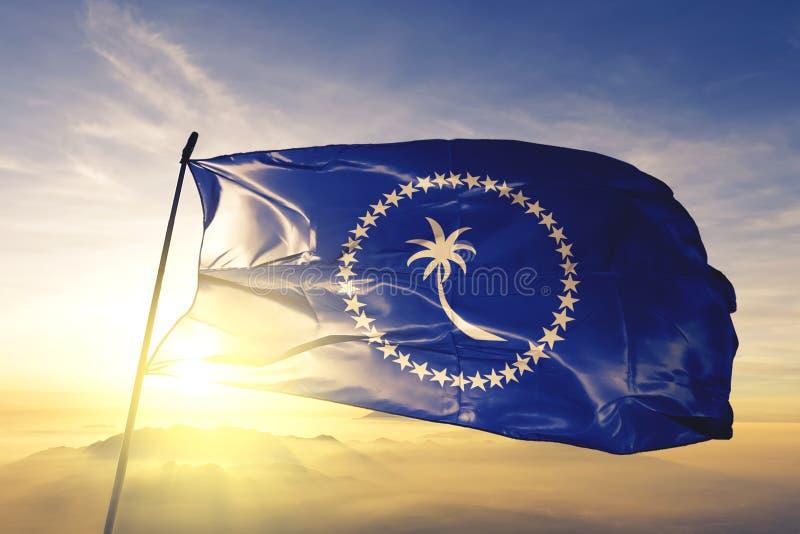 Stato del Chuuk del tessuto del panno del tessuto della bandiera della Micronesia che ondeggia sulla nebbia superiore della fosch illustrazione vettoriale