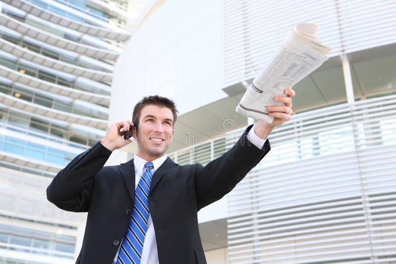 Stattlicher Geschäftsmann im Büro stockbild
