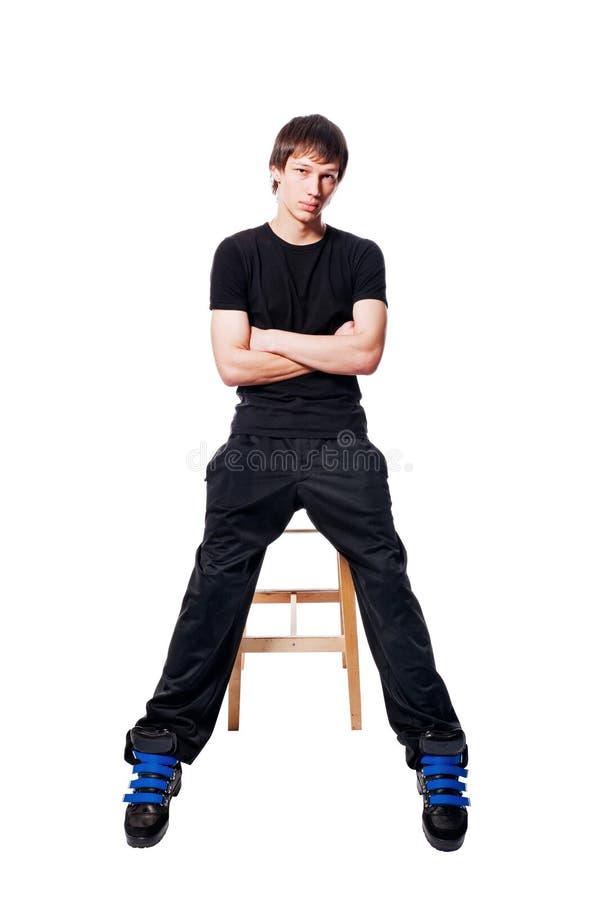 Stattlicher junger Mann auf weißem Hintergrund lizenzfreie stockbilder