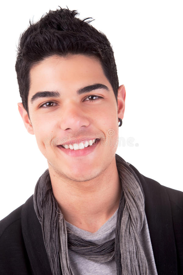 Stattliches Lächeln des jungen Mannes stockfoto