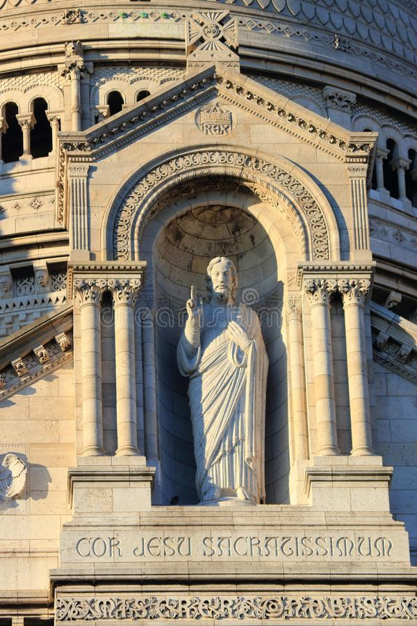 Statua święty serce Jezus przy bazyliką Święty serce zdjęcie stock