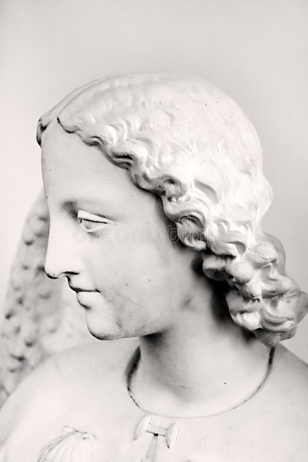 Statua anioł wśrodku monasteru kościół katolickiego obrazy royalty free