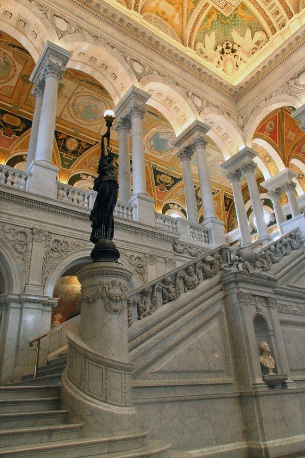 Statua Bronze in atrio alla Biblioteca del Congresso fotografia stock libera da diritti