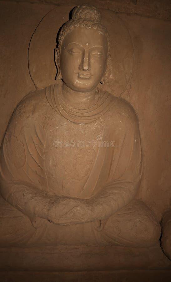Statua Buddha przy Jaulian rujnowa? Buddyjskiego monaster, Haripur, Pakistan UNESCO ?wiatowego dziedzictwa miejsce zdjęcie stock
