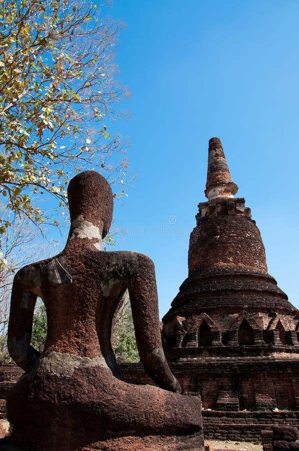 Statua Buddha w antycznej świątyni Tajlandia zdjęcia royalty free
