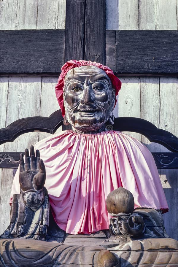 Statua buddista di legno di Pindola Bharadvaja Nara - nel Giappone immagine stock libera da diritti