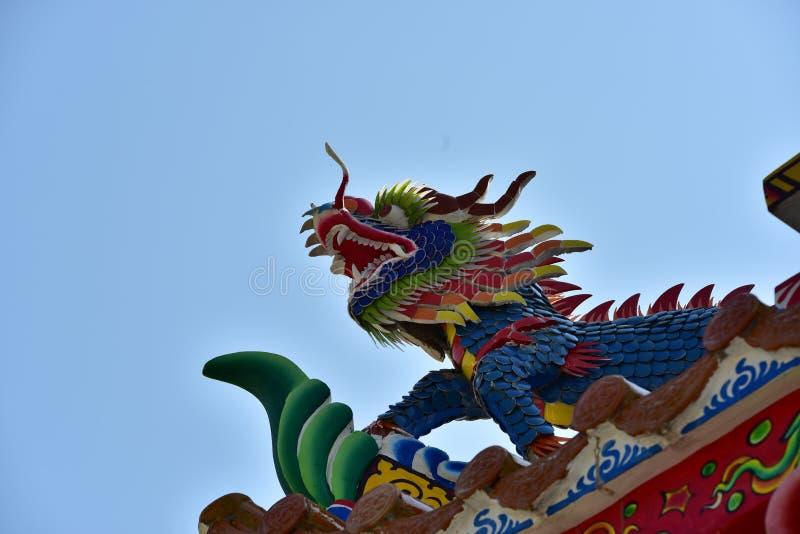 Statua cinese del drago della cultura Arte cinese nella cultura di cinese della Tailandia immagini stock libere da diritti