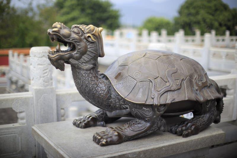 Statua cinese della tartaruga fotografia stock