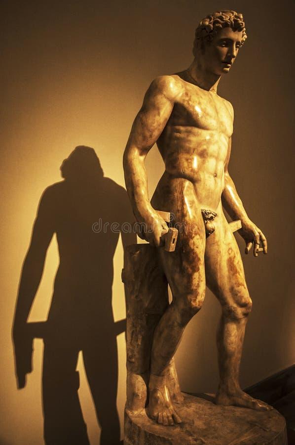 Statua classica immagine stock libera da diritti