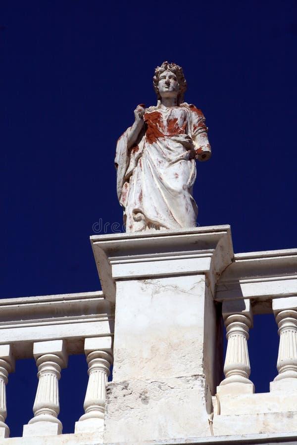Statua da costruzione - Syros fotografia stock libera da diritti