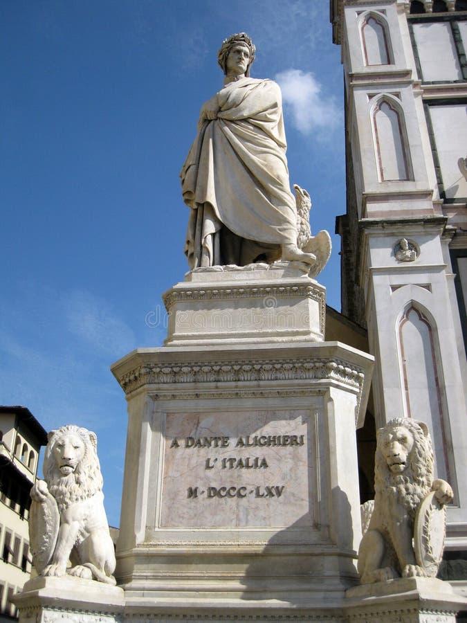 statua dante alighieri стоковое фото