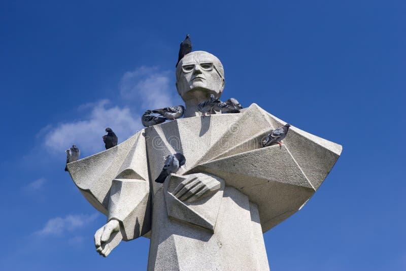 Statua del Bishop di Oporto immagini stock libere da diritti